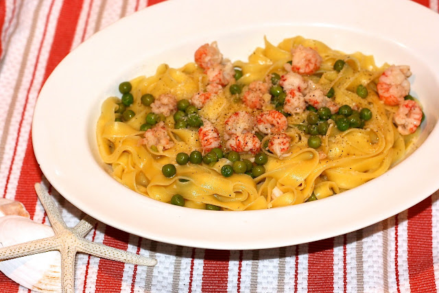 Seafood: Langostino &amp; Peas Tagliatelle 