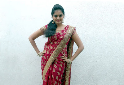 Tamil Actress Richa Sinha in Saree  Wallpaper Photos