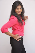 Sowmya Glamorous photos at Galata Audio-thumbnail-12