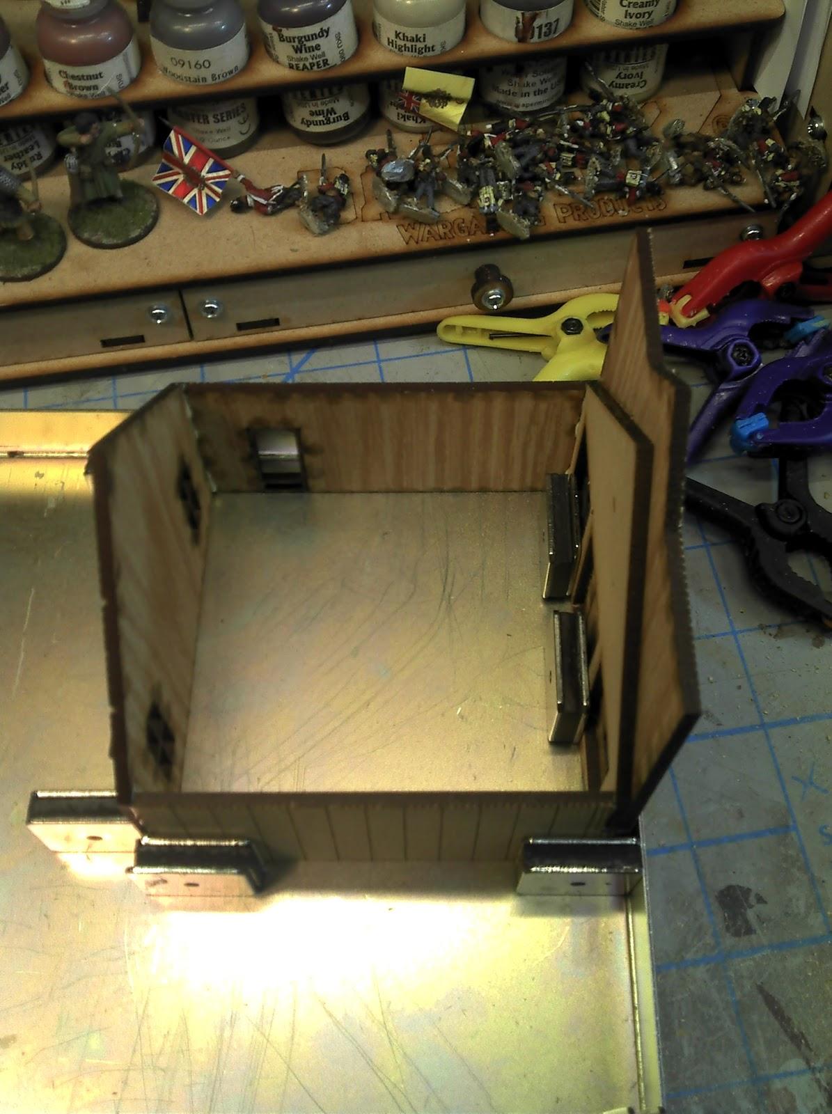 http://2.bp.blogspot.com/-Awh-o-gyhIs/ULkre74DIVI/AAAAAAAAExs/pgEqYcWndqQ/s1600/GCM.28MWEST006.Wall+Assembly.1.jpg