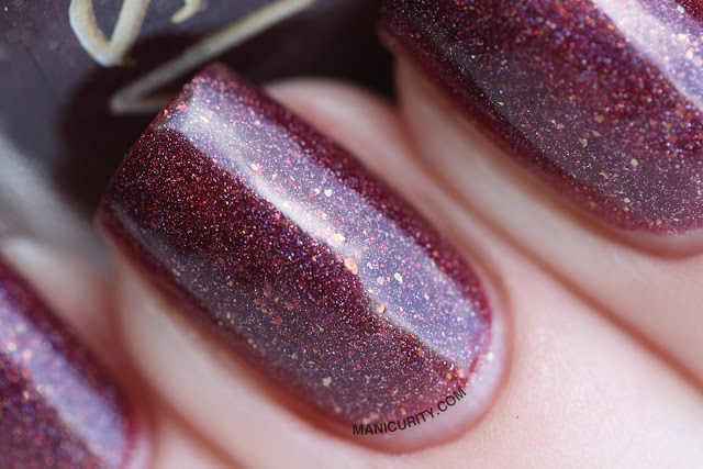 Pahlish - Black Lace Elderberry, Blood of the Mountain, Fleur de Sel, and Lonesome Ocean - Swatch Spam & Mini Reviews