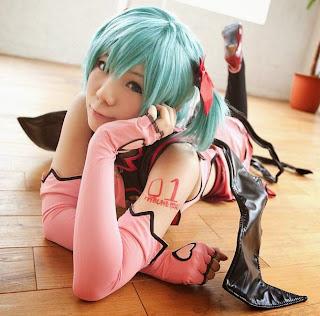 Vocaloid Hatsune Miku cosplay by Kousaka Yun