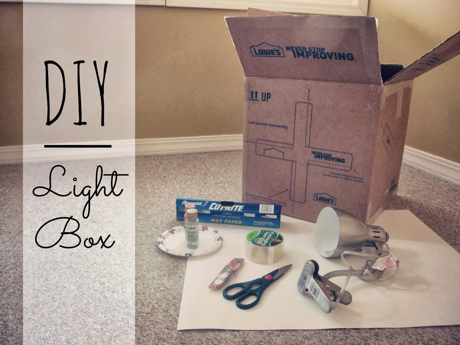 http://elcrumbo.blogspot.com/2014/02/diy-light-box.html