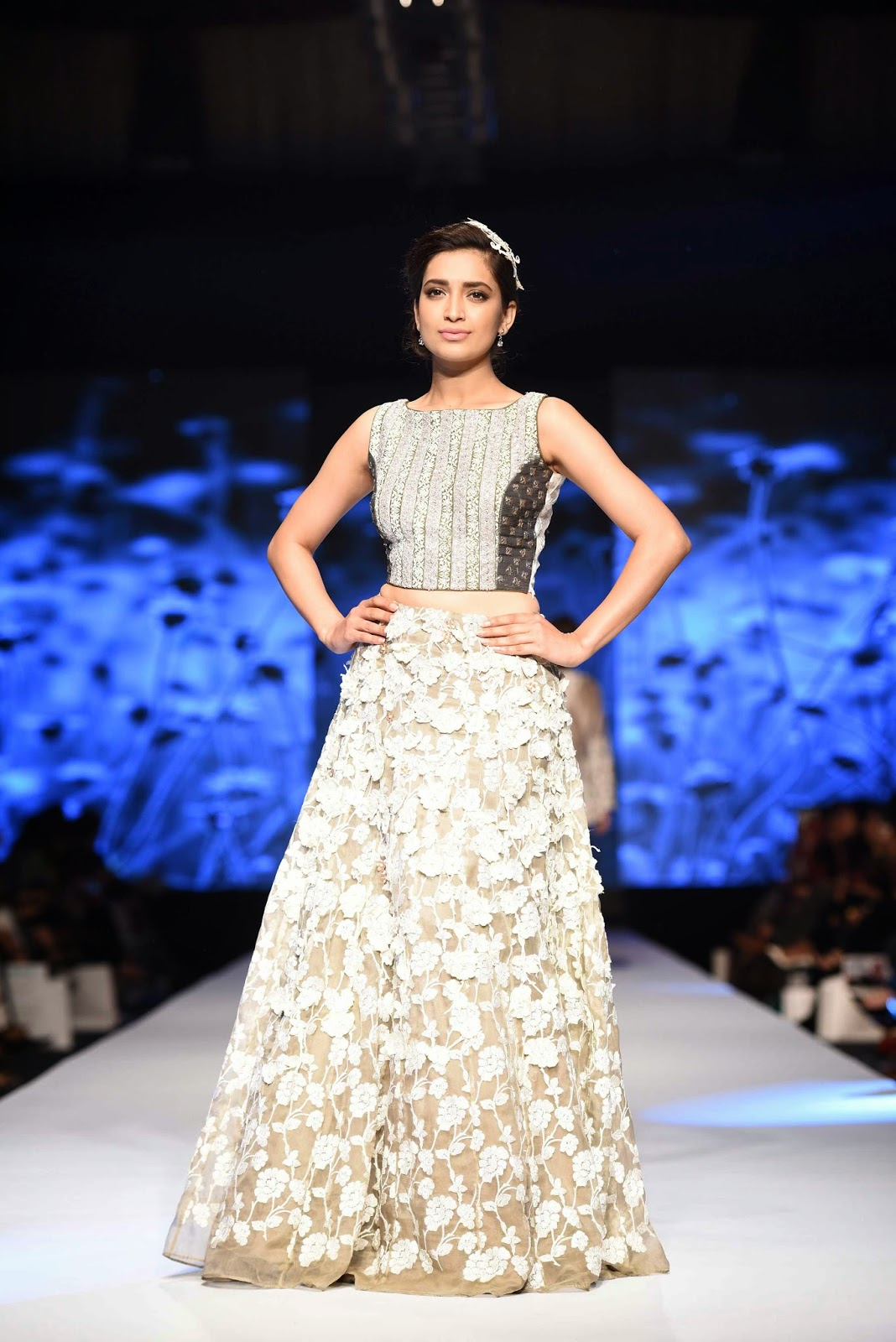 crop top voluminous skirt nida azwer TFPW15 day 1