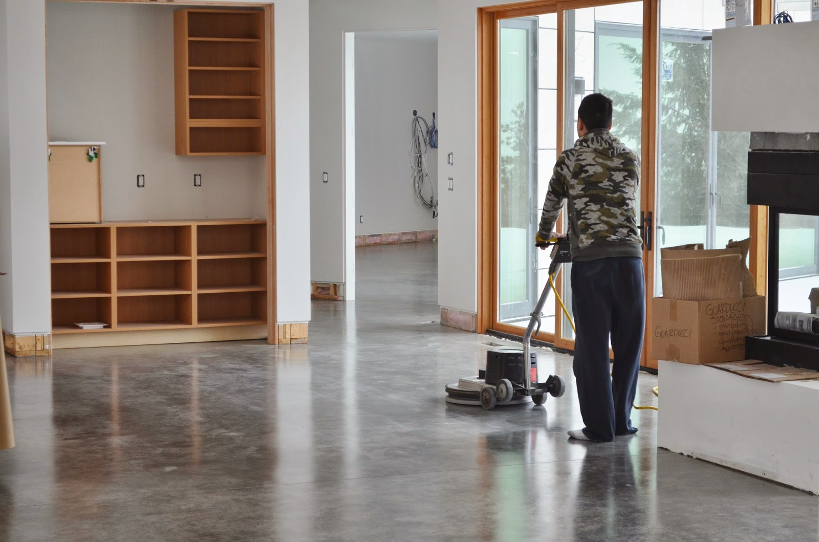Mode concrete natural concrete floors look amazing in for Modern floors