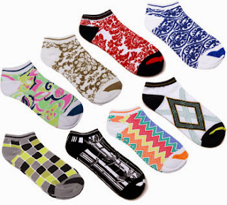 http://www.pinkgolftees.com/sale/glove-it-golf-socks-pick-3-pairs.html