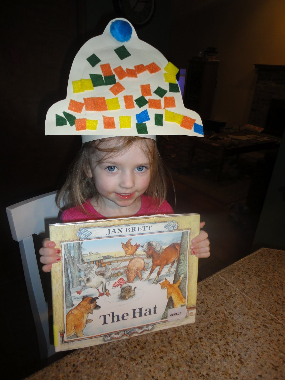 The Laber Family: CRAFT -- The Hat by Jan Brett