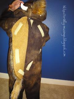 Baby Beefalo costume, back closure