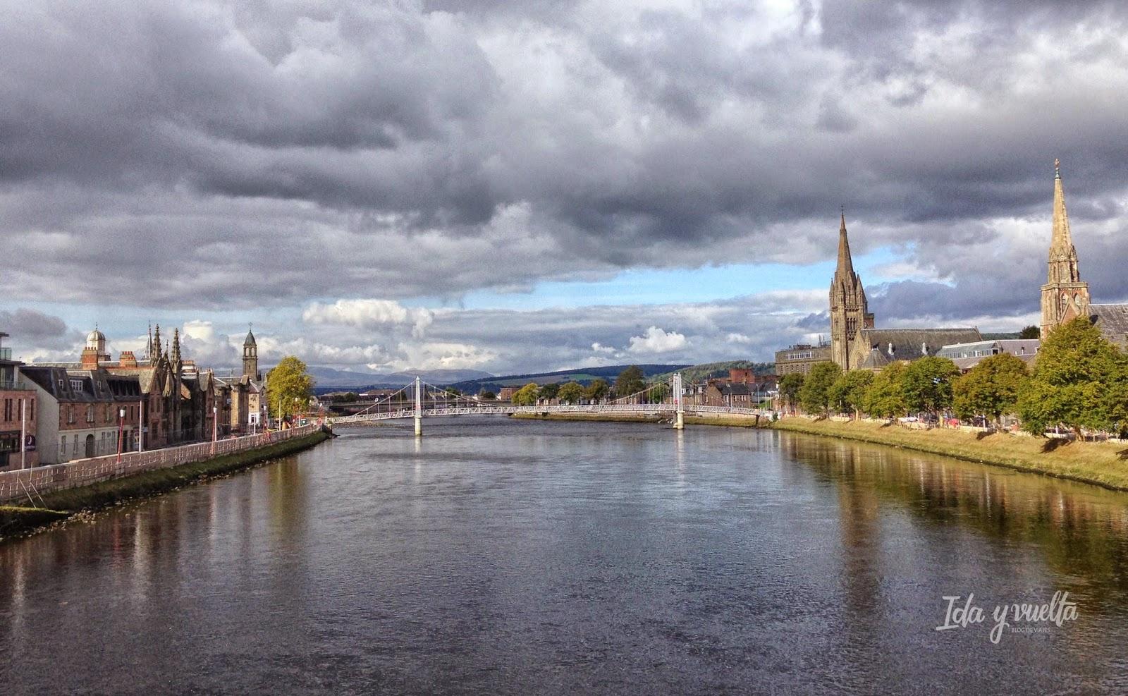 Vista de Inverness en Escocia