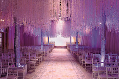 Luxurious Wedding Ceremony Decoration With Crystal Trees