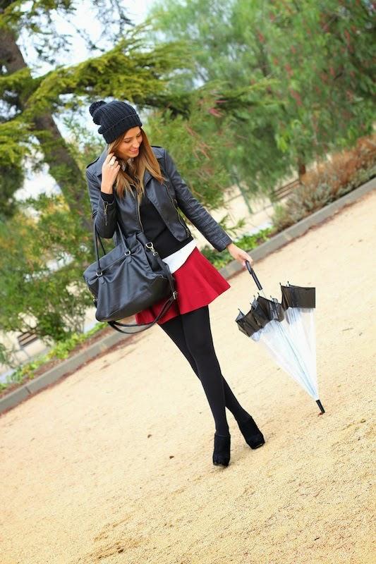 fashion_blogger_skirt_burgundy_sheinside_outfit_paraguas
