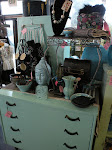 You will find the perfect treasure for your home at Second Hand Chic.