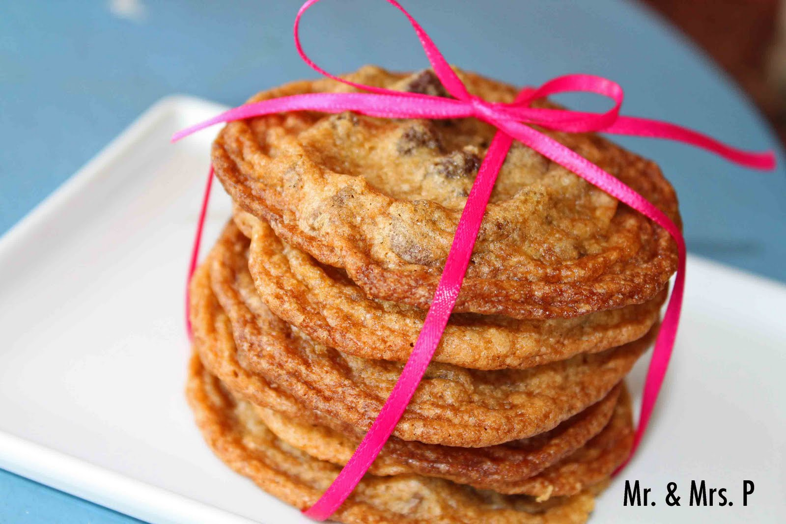 Mr. & Mrs. P: Thin and Crispy Chewy Chocolate Chip Cookies