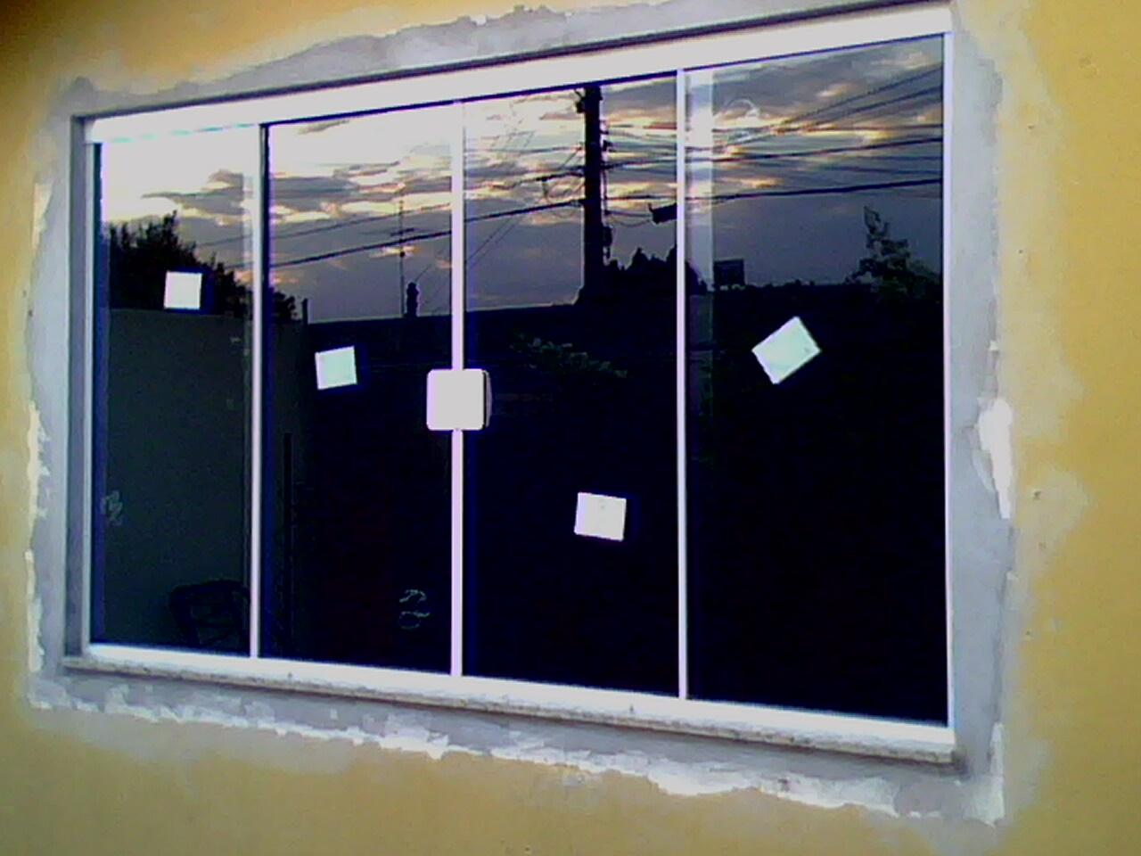 #060719 FRANCO VIDROS TEMPERADOS: Obra em Ourinhos 4206 Instalação Janela Aluminio