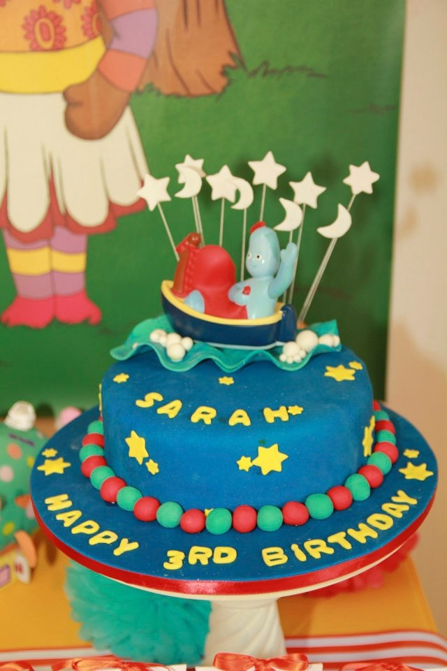 Piece of cake in the night garden real party feature for In the night garden cakes designs
