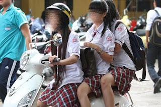 Bá đạo với học sinh