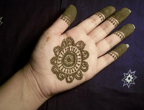Arabic Mehndi Flower : 30 simple arabic mehndi designs for hands 2016 guide lifestylexpert