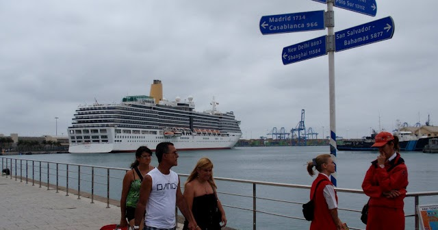 Turismo de cruceros en gran canaria el puerto de la luz y for Oficina fred olsen santa catalina