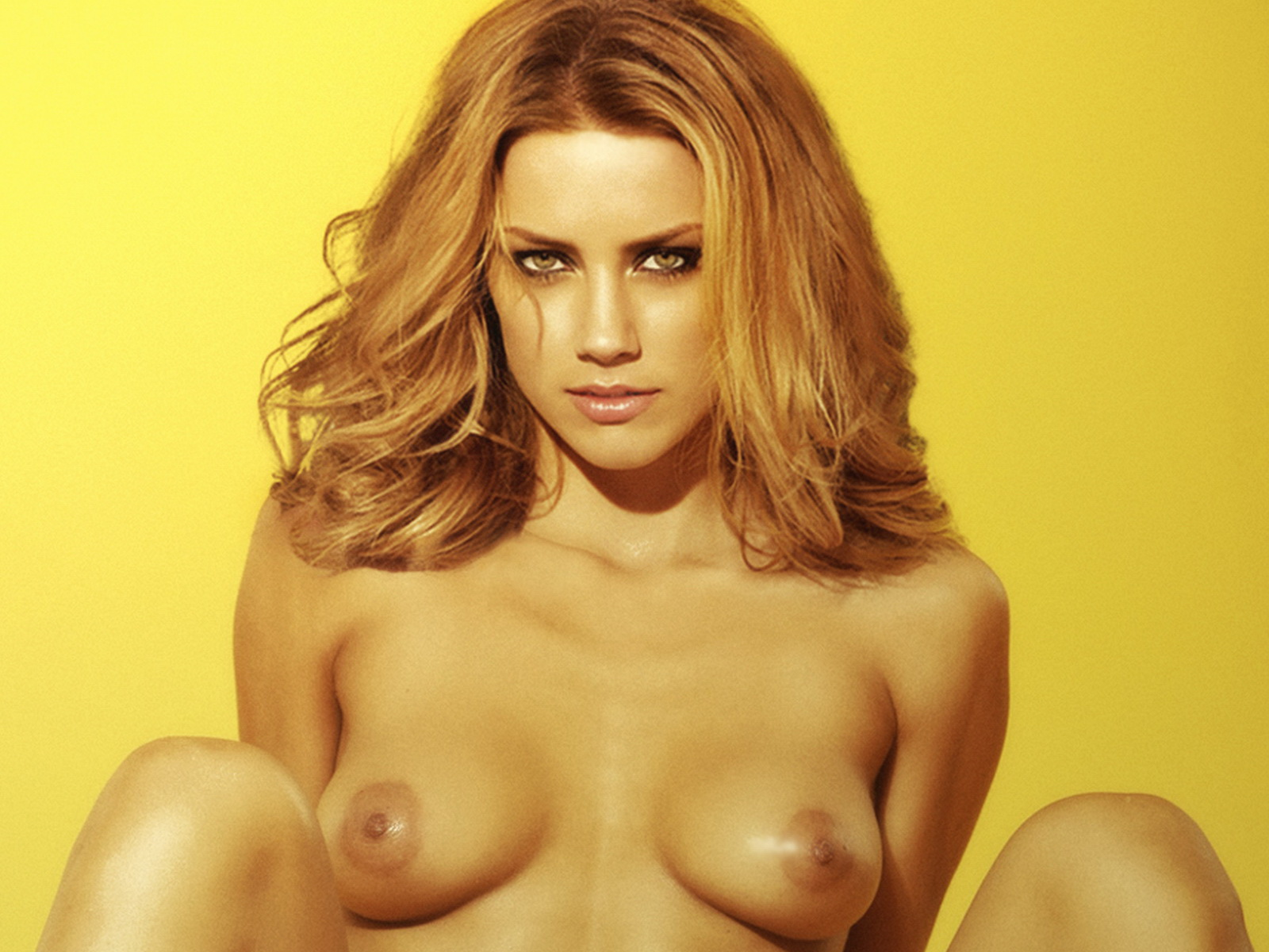 http://2.bp.blogspot.com/-AzAQo1uUvSA/TyAWh5Iw7MI/AAAAAAAADuA/f32N4DhtqFs/s1600/Amber_Heard_nude_photoshoot.jpg