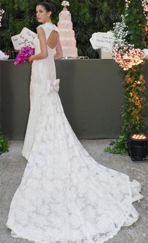 vestido de noiva com cauda Martha Medeiros