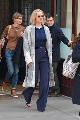 Jennifer Lawrence – Leaving her hotel in NYC