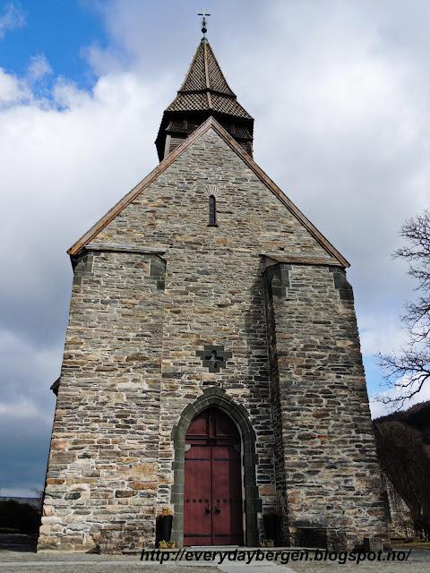 Bergen, Fana church