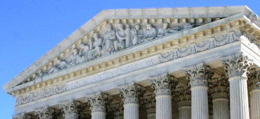US Supreme Court Legalizes Gay Marriage Nationwide