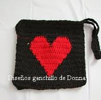 http://translate.googleusercontent.com/translate_c?depth=1&hl=es&rurl=translate.google.es&sl=en&tl=es&u=http://freepatternsdonnascrochetdesigns.com/free-crochet-pattern-large-heart-wallet.html&usg=ALkJrhjXII36BPtoGygGpiudTOUnWyZTTg