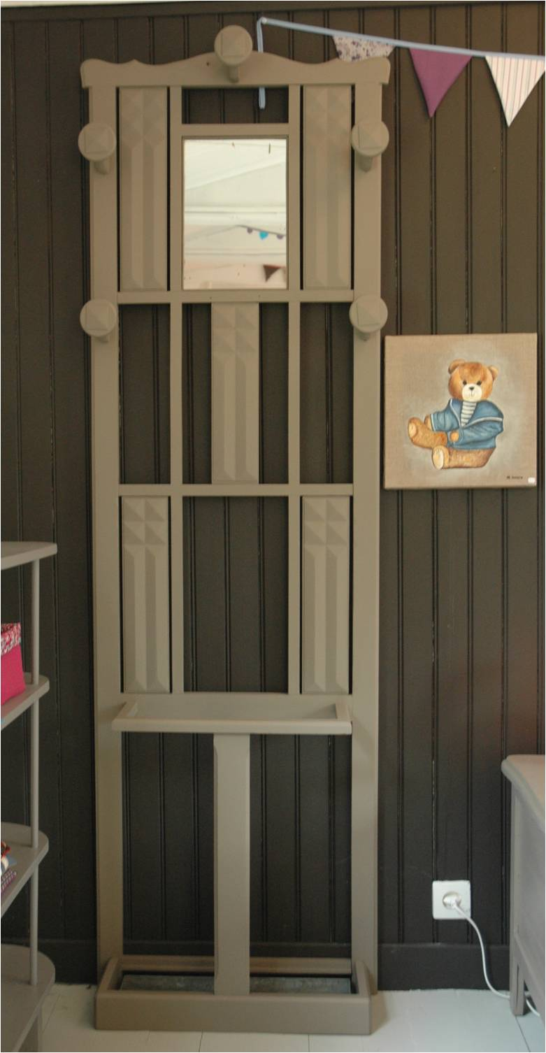 le loup rose la vanille vestiaire vintage. Black Bedroom Furniture Sets. Home Design Ideas