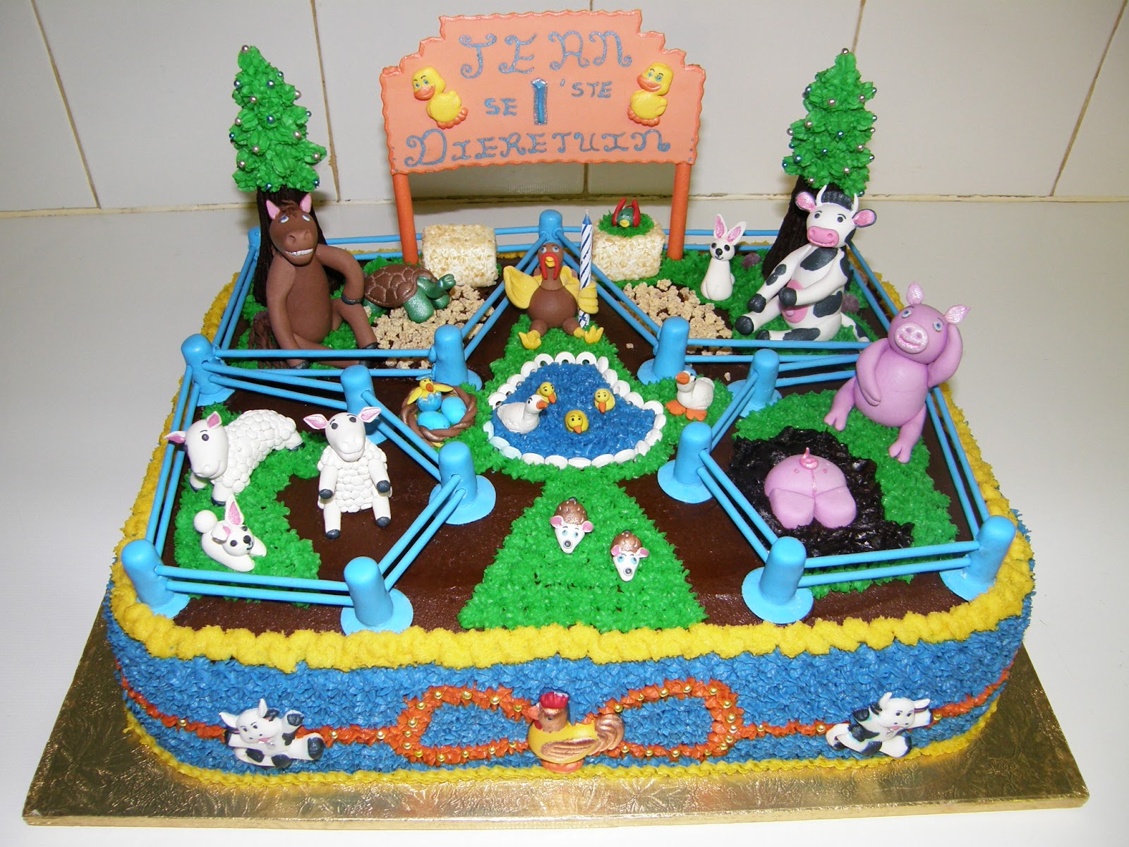 Its My Party Petting Zoo Birthday Cake