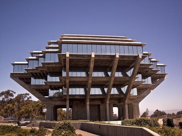 Geisel Kütüphanesi