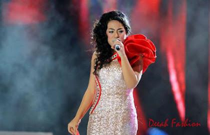 Kebaya Sean Malam Grand Final Indonesian Idol 2012