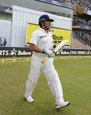 Sachin Tendulkar walks out to bat in his final Test, India v West Indies, 2nd Test, Mumbai, 1st day, November 14, 2013