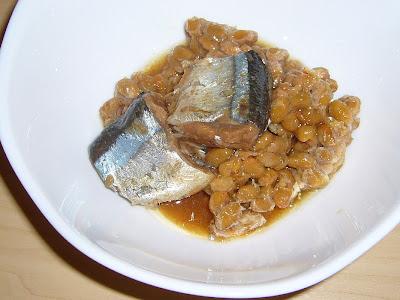 納豆にさんま味付缶詰感覚