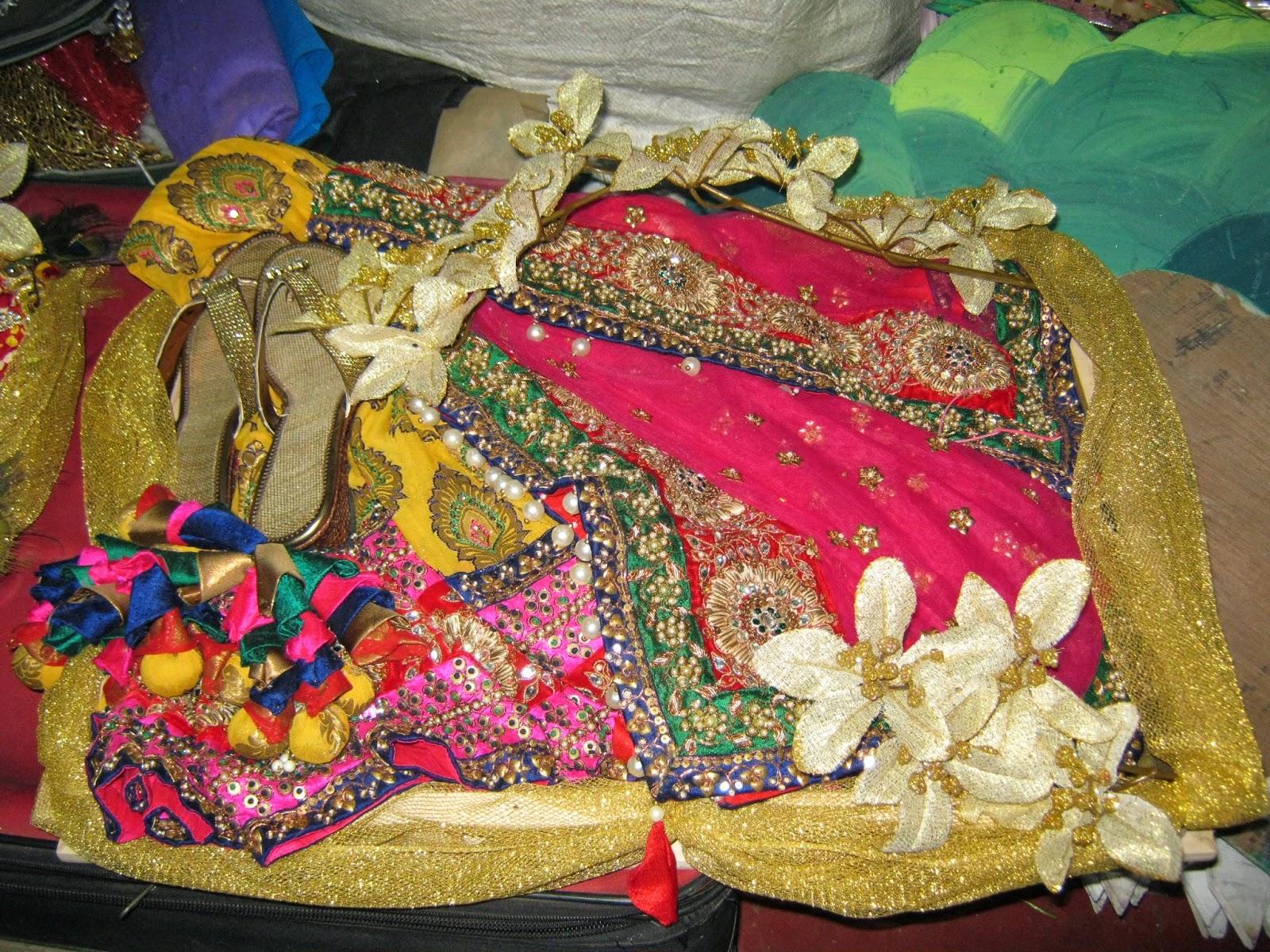Cake Making Classes In Kolkata : Packing and Craft Classes by Manju Karnani