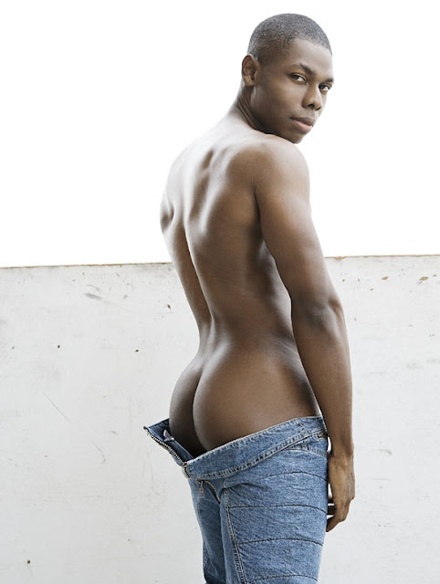 Sexy Laurence Hines in Rufksin Jeans - Photo by Rick Day