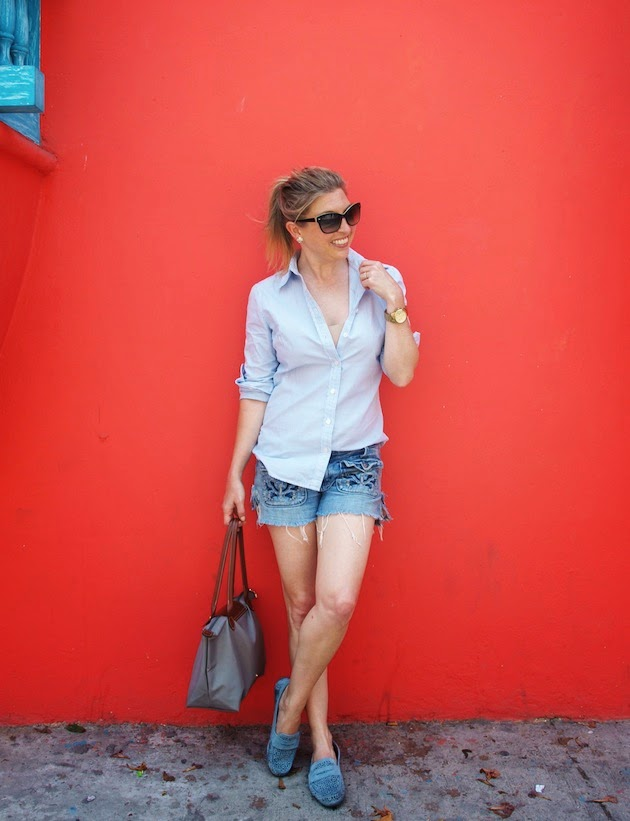 cutoffs, j. crew shirt, White Mountain Sparkler Moccasin, Banana Republic sunglasses, longchamp le pliage