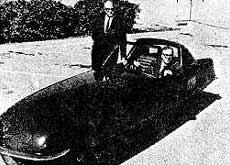 Слева направо: кузовной дизайнер Алекс Тремулис и Томас Саммерс.
