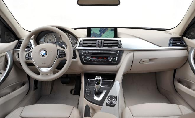 3-Series interior