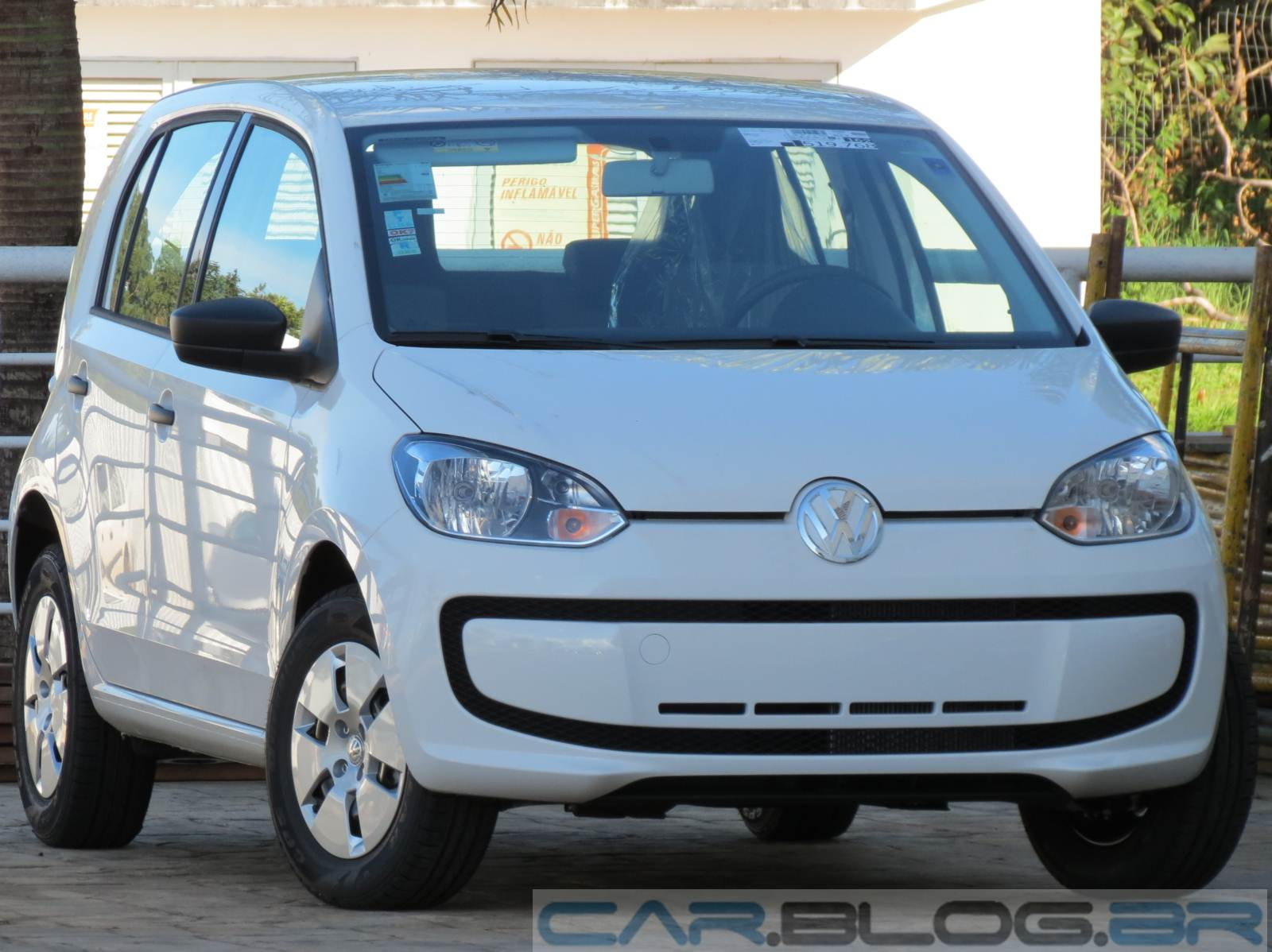 Volkswagen up! Take-up! 4 portas - completo