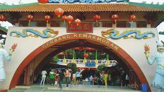 Tempat Liburan dan Belanja Murah di Kampung Cina