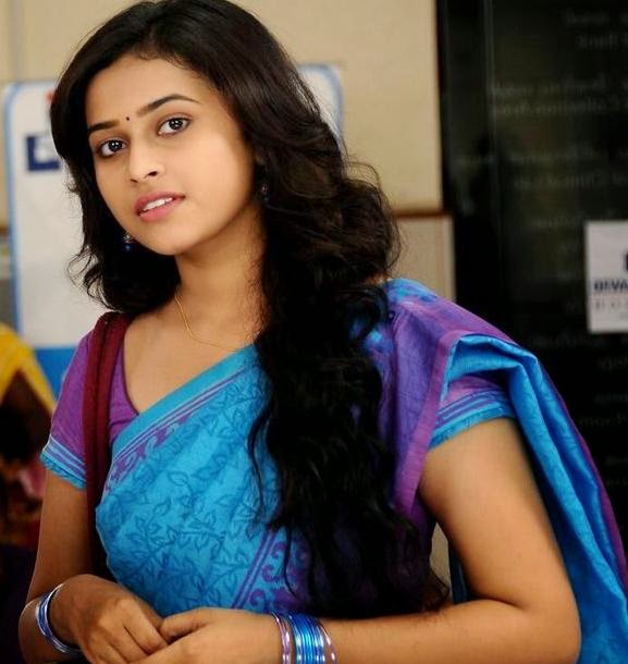 selfies sri stills nude divya hd