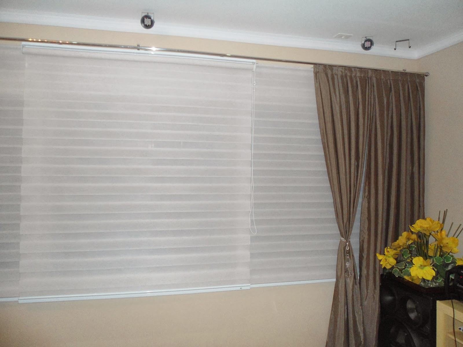 Ursula cortinas e decora es persiana stripe com chale for Cortinas de persiana