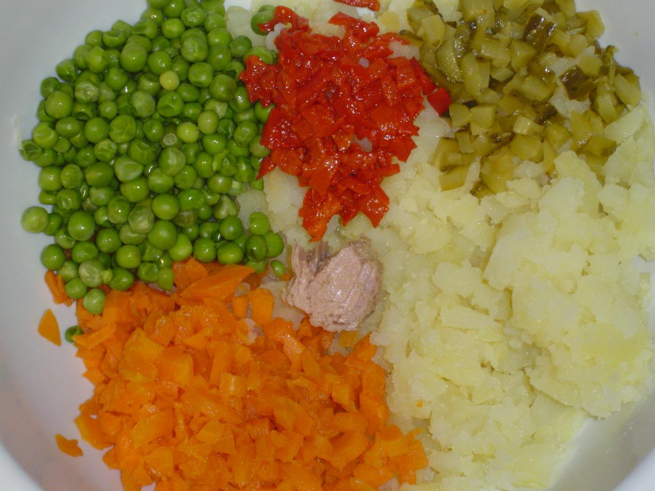 Cocinar y salir ensaladilla rusa de lavi for Cocinar ensaladilla rusa
