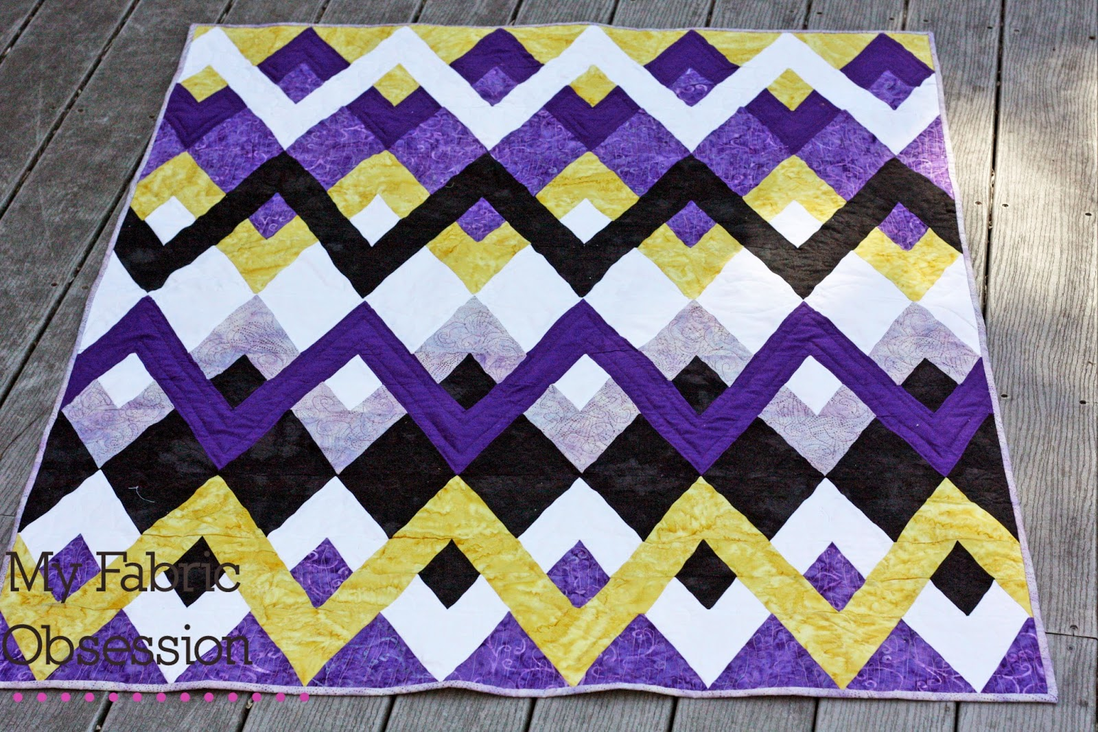 Hello Zig Zag Quilt Pattern : My Fabric Obsession: The Zig Zag Quilt