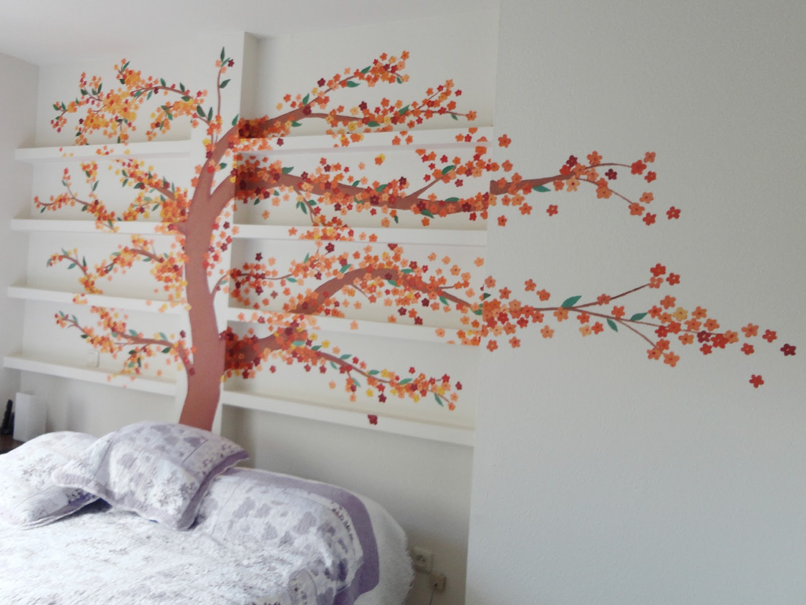 Decopared mural arbol en cabecero for Murales infantiles para pared