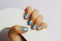 http://curlymade.blogspot.pt/2013/12/winter-nails.html