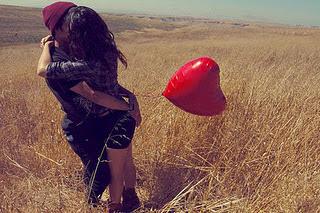 Cuando encuentres a alguien que realmente te ama, y tu también, no lo dejes ir.