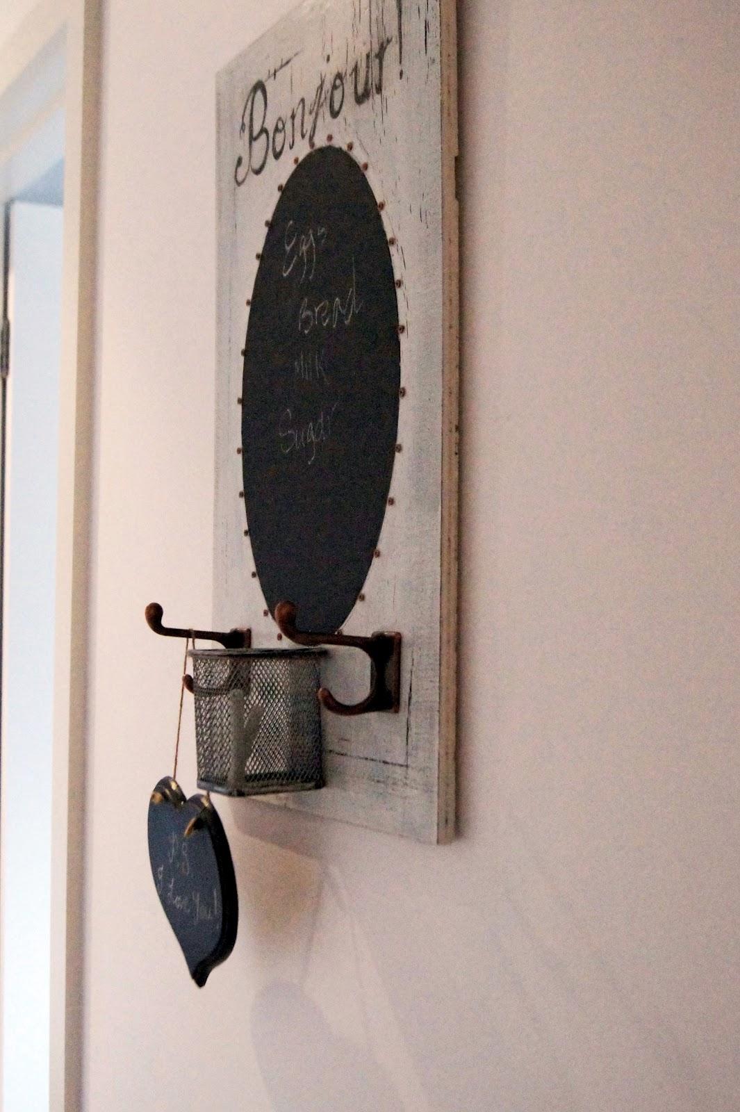 La Maison Jolie Chalkboard Message Board