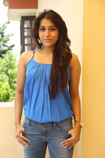 Actress Rashmi Gautam Pictures in Jeans at tur Talkies Movie Press Meet   (7)